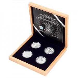2020 - Sada 4 stříbrných mincí 10 NZD Katedrála Notre Dame v Paříži