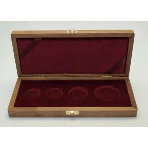 Dřevěná etue na sadu zlatých mincí Karel IV.